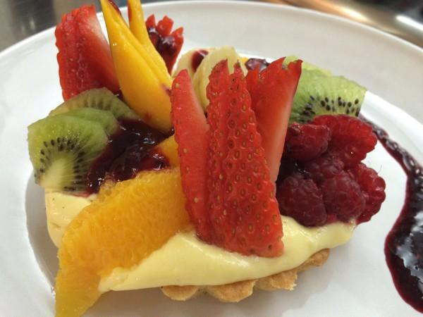 Crostata di frutta con crema al mango assocuochi treviso for Frutta con la o iniziale