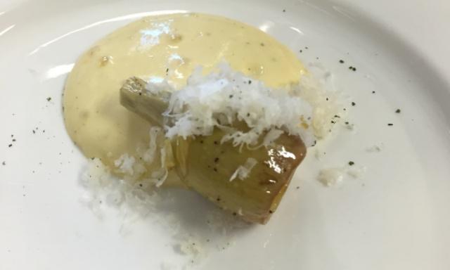 Castraure, zabaione all'aglio,cacio